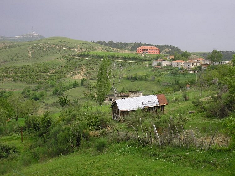 View over the settlement of Buz