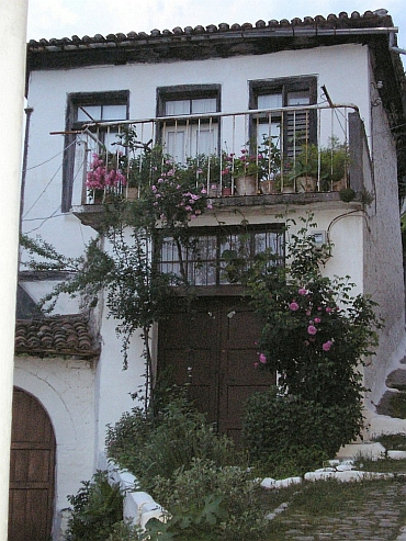 House in old district from Berat