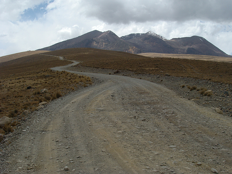 The road to Chacaltaya