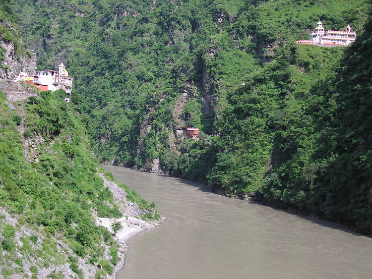 Hindu temples on both sides of the Beas river