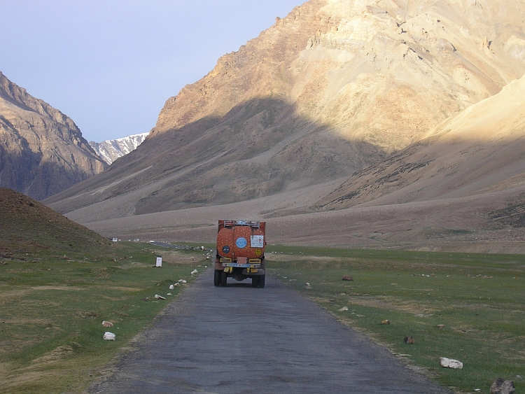 Arriving at the campsites of Sarchu