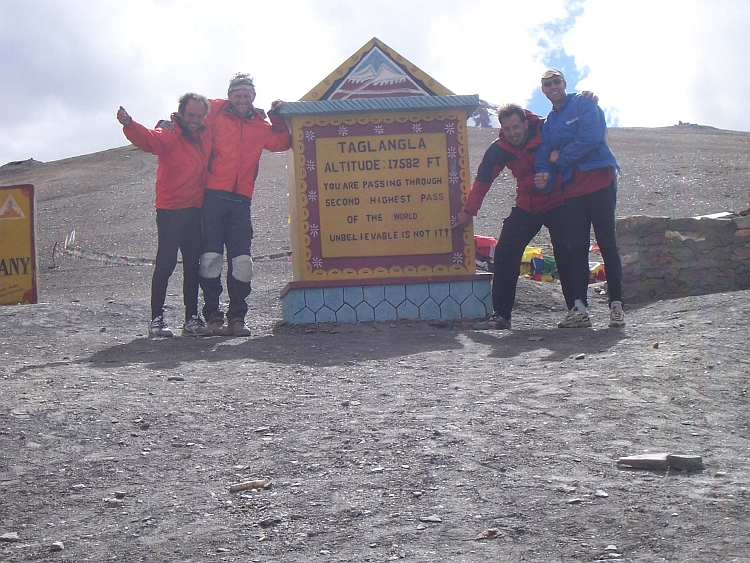 Celebrating the succesful ascent of 5.300 meter high Tanglang La. Now only downhill...
