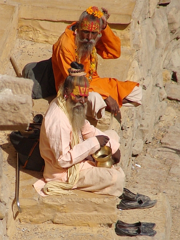 Two saddhus, Jaisalmer