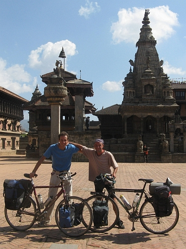 Willem (left) and I (right) at Durbar Square in Bhaktapur